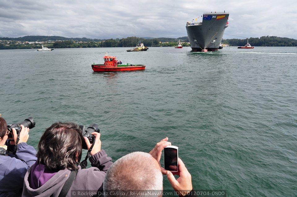 El «Adelaide» convertido en una atracción fotográfica (Foto: Rodrigo Díaz Castro / Revista Naval)