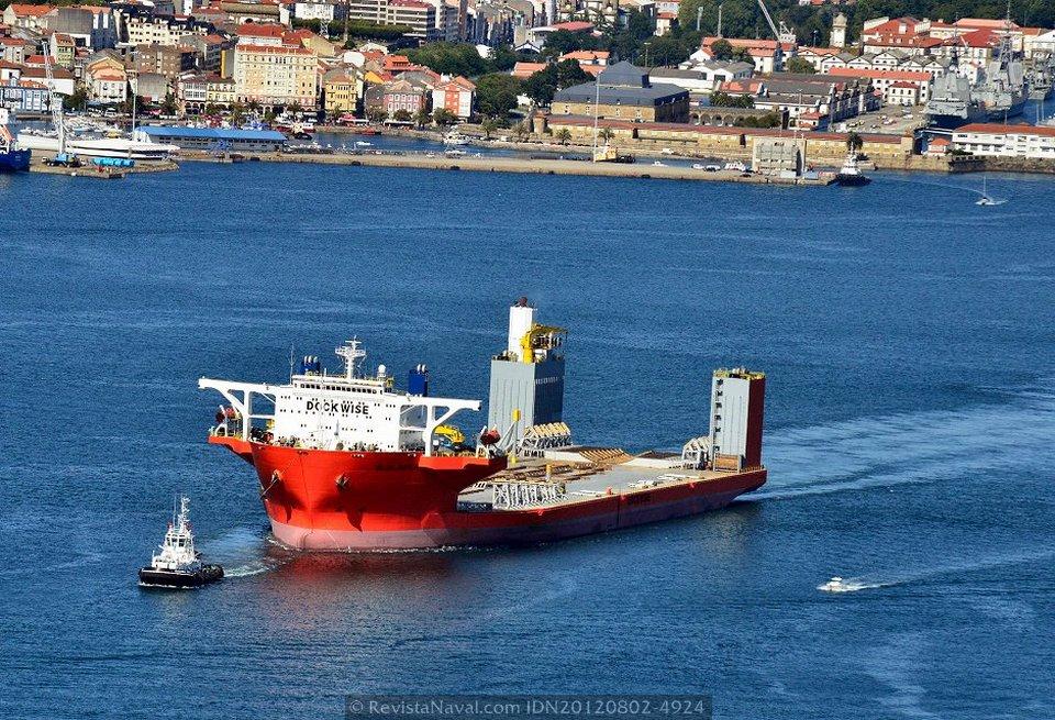 El «Blue Marlin» zarpó de Navantia Fene a las 17.20 hora local, con 1 hora de antelación sobre el horario anunciado (Foto: Xoán Porto / Revista Naval)