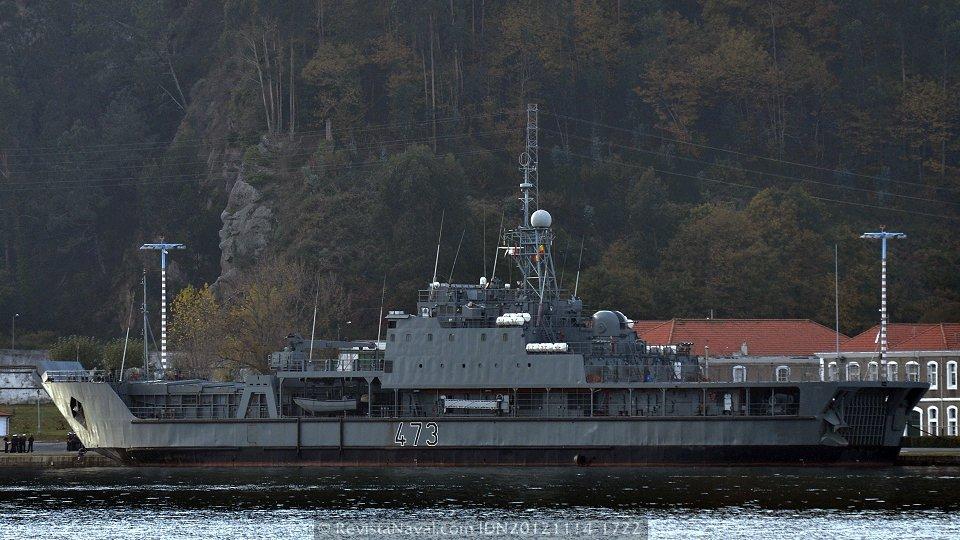 Navantia iniciará en breve los trabajos de modernización de dos buques anfibios argelinos