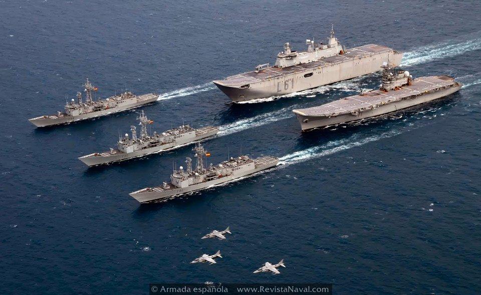 El portaviones «Príncipe de Asturias» navega ya hacia el desarme