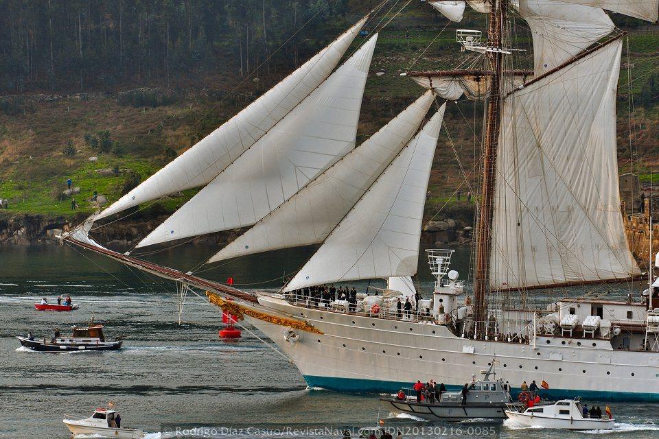 «Elcano» zarpa con destino a Cádiz para preparar su LXXXIV Crucero de Instrucción