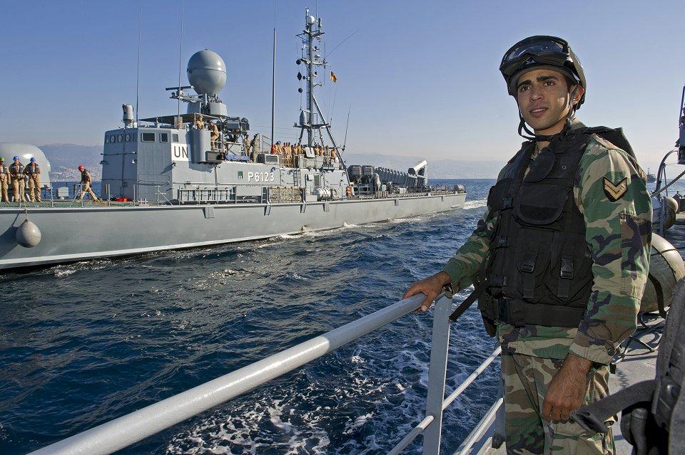 Seis marineros alemanes, acusados formalmente de amotinamiento
