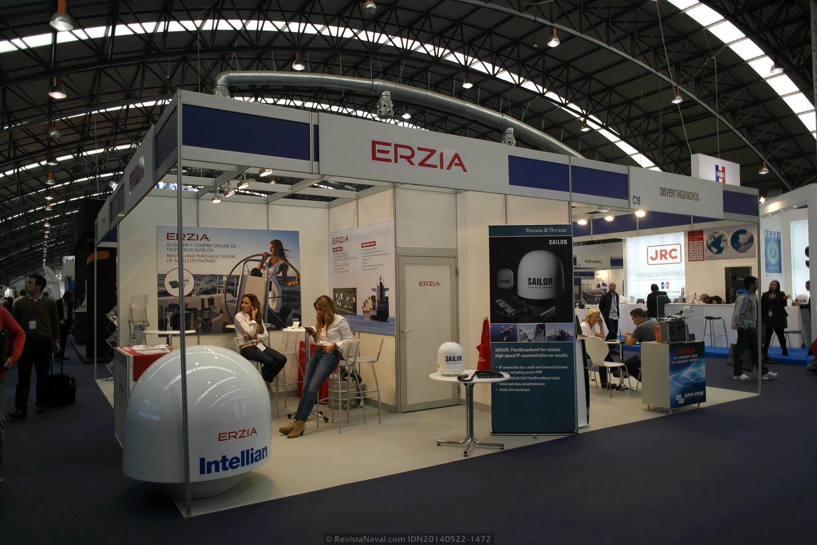 Estands de Erzia y Disvent Ingenieros(Foto: Revista Naval)