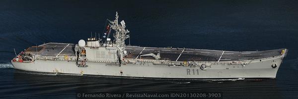El R-11 «Príncipe de Asturias» está basado en un proyecto modificado del SCS (Sea Control Ship) que promovió, sin éxito, el almirante Zumwalt para la armada estadounidense en los años 70 (Foto: Fernando Rivera/Revista Naval)