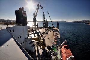 Vista general de la cubierta de trabajo (Foto: Rodrigo Díaz Castro/Revista Naval)