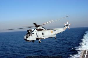Los Sea King disponen de un rotor de 5 palas plegables y dos turbinas GE T58-402 que permiten operar durante casi 5 horas (Foto: Javier Sánchez García/Revista Naval)
