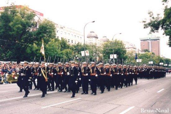Compañías de la Escuela Naval Militar de Marín y de la Escuela de Suboficiales de San Fernando (Foto: Javier Sánchez)