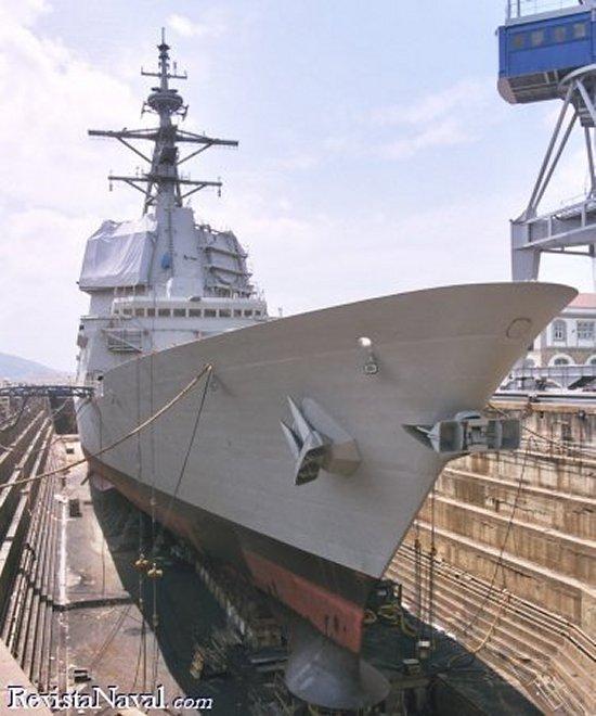 La fragata F-103 Blas de Lezo en el dique Nº2 de IZAR Ferrol (Foto: RevistaNaval.com)