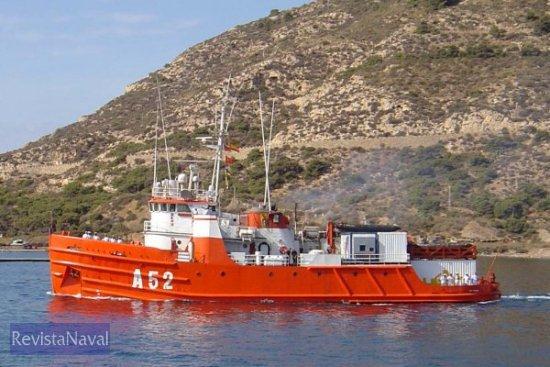 El buque afrontó la anterior campaña en solitario, rememorando sus tiempos de pionero en la exploración antártica (Foto: Lapenu)