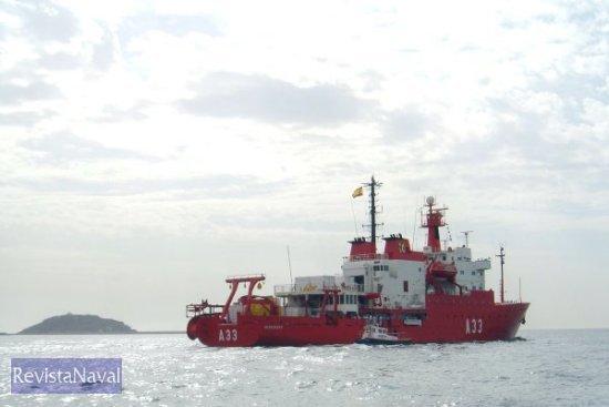 El A-33 «Hespérides» regresará a Cartagena en mayo de 2005. <strong>¡Buen viaje!</strong> (Foto: Lapenu)
