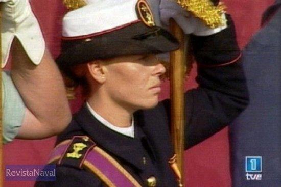 Portaestandarte de Infantería de Marina (Fuente: TVE)