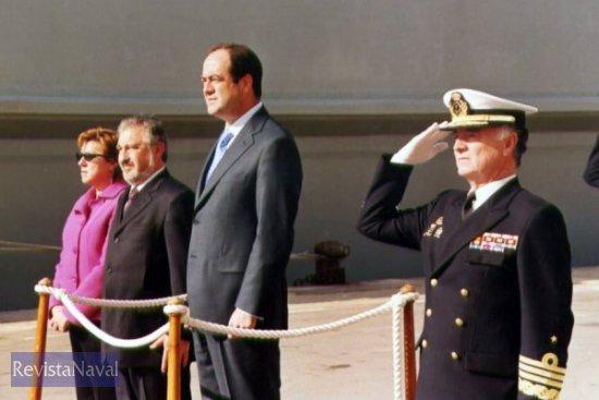 El ministro de Defensa José Bono presidió el acto (Foto: Diego Quevedo Carmona)