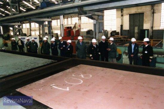Corte de chapa en el astillero de Ferrol (Foto: Navantia)