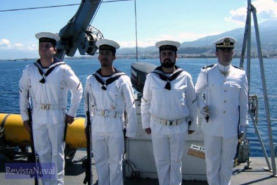 La Guardia formada durante la ceremonia (Foto: vía Javier Peñuelas)