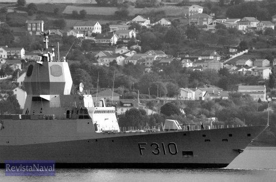 La fragata «Fridtjof Nansen» es la cabeza de una serie de 5 buques para la Armada de Noruega (Foto: Xoán Porto/RevistaNaval.com)