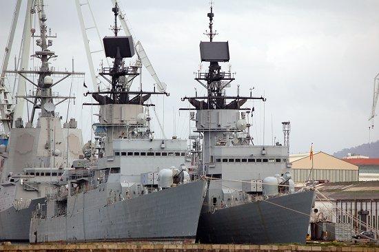 Los buques de la clase «Baleares» -en la foto las fragatas «Extremadura» y «Asturias»- han sido desplazados por las nuevas fragatas de la clase F-100 (Foto: Fernando Rivera / Revista Naval)