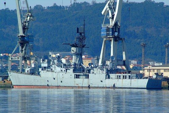 La fragata «Cataluña» podría acabar sus días en el fondo del Océano Atlántico (Foto: Revista Naval)