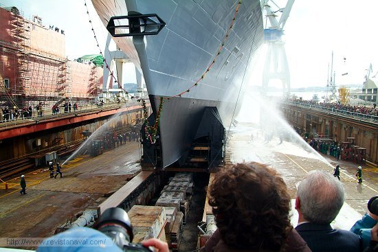 Secuencia de la maniobra de lanzamiento de la fragata F-313 «Helge Ingstad» (Foto: Fernando Rivera/Revista Naval)