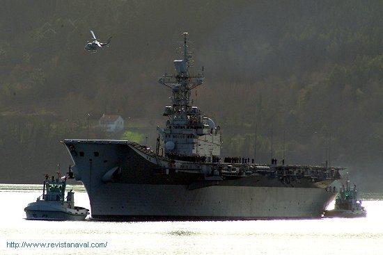 La anterior visita del R11 «Príncipe de Asturias» a Ferrol se remonta a mayo de 2006 (Foto: Xoán Porto/Revista Naval)