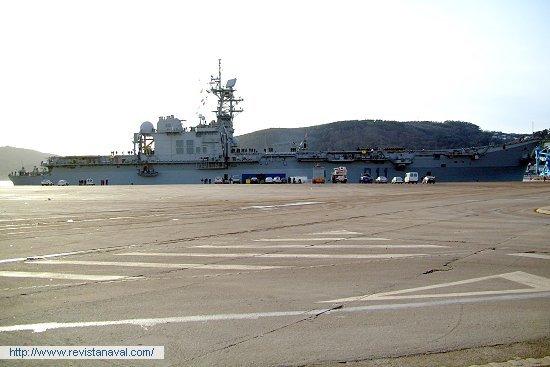 El buque en el muelle Fernandez Ladreda del puerto comercial de Ferrol (Foto: Xoán Porto/Revista Naval)