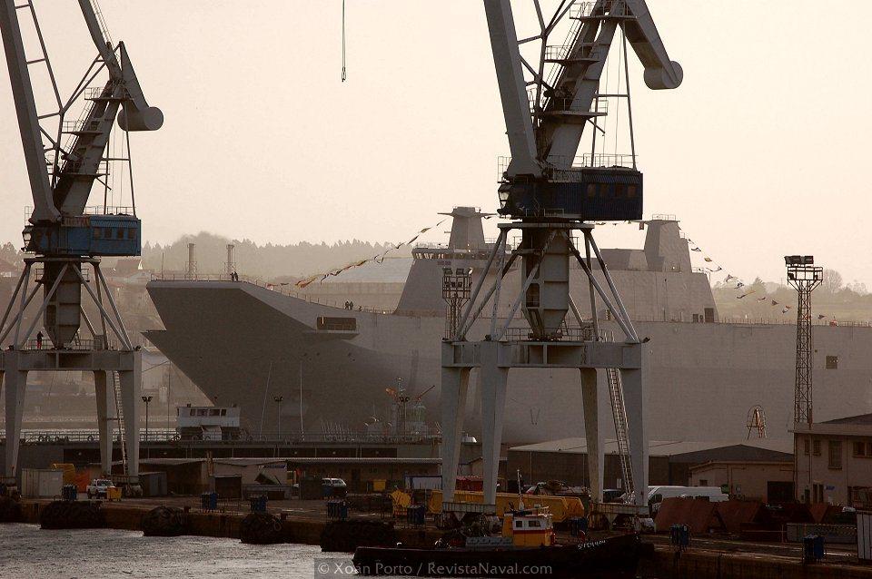 El L61 «Juan Carlos I» pasará a la fase de armamento a flote, hasta su entrega a la Armada en 2009 (Foto: Xoán Porto/Revista Naval)