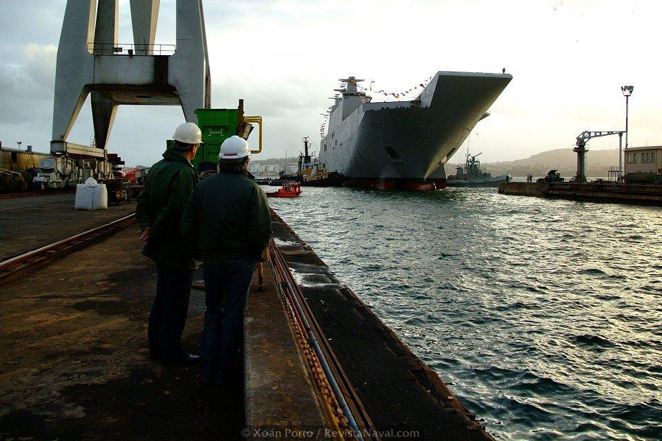 Tras la botadura el buque fue conducido al dique número 3, donde quedó en seco (Foto: Xoán Porto/Revista Naval)