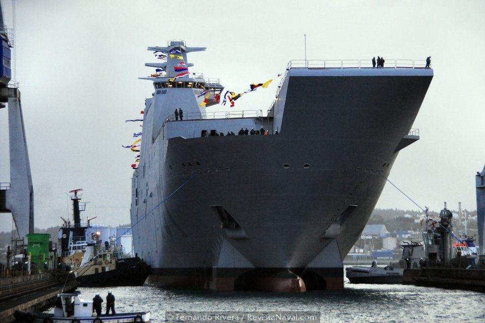 El L61 «Juan Carlos I» durante su primera varada, en el dique número 3 de Navantia Ferrol (Foto: Fernando Rivera/Revista Naval)