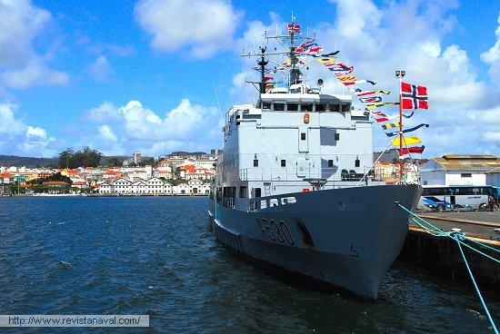 El KNM «Horten», buque auxiliar que emplea la Armada nórdica para formar los núcleos de dotación de las nuevas fragatas de la serie «Fridtjof Nansen» (Foto: Fernando Rivera/Revista Naval)