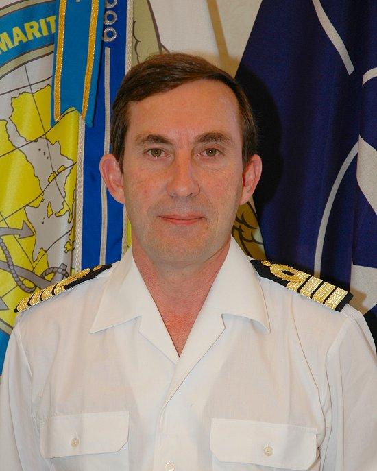El capitán de navío Martorell, jefe de la fuerza (Foto: OTAN)