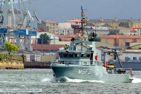 El MSF-3 (Dinamarca) es, con diferencia, el buque más pequeño de la flota (Foto: Xoán Porto/Revista Naval)