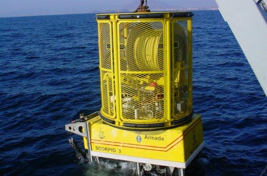 Desplegando el ROV (Foto: BSR/A20 «Neptuno», vía Javier Peñuelas)
