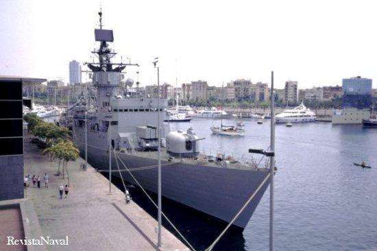 Durante su permanencia en los puertos de Tarragona y Barcelona pudo ser visitada por el público (Foto: RevistaNaval.com).