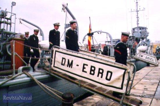 A continuación, la dotación abandonó el buque (Foto: Diego Quevedo Carmona)