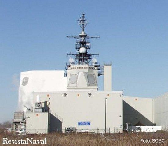 Las instalaciones en tierra del Surface Combat System Center de Wallops Island reproducen con total fidelidad los sistemas de combate instalados a bordo de los buques (Foto: SCSC).