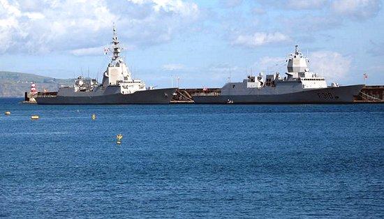Las fragatas española y noruega en Ponta Delgada, Açores (Cortesía Carlos Manuel Estrela)