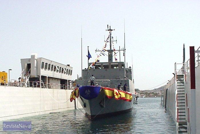 El cazaminas M-36 «Tajo» durante su puesta a flote (Foto: Izar)