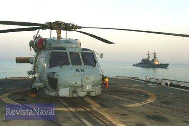 Un SH-60 de la US Navy a bordo de una fragata de la clase O.H. Perry (Foto: US Navy).