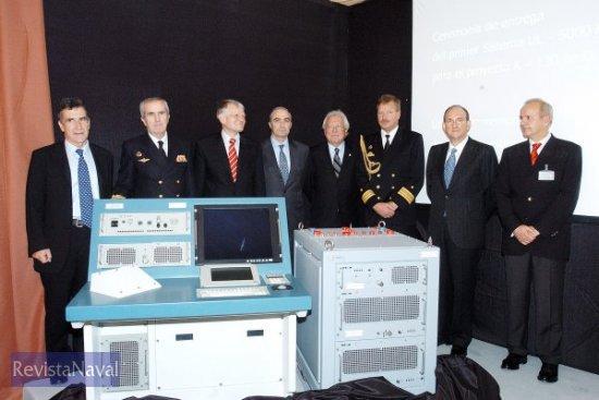 El acto de entrega fue presidido por Carlos Villar Turrau, Director General de Armamento y Material del Ministerio de Defensa (Foto: Indra)