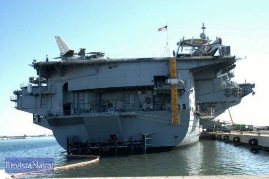 Esta es la tercera visita del buque a la ciudad, donde permanecerá hasta el 4 de diciembre (Foto: Javier Sánchez/RevistaNaval.com)