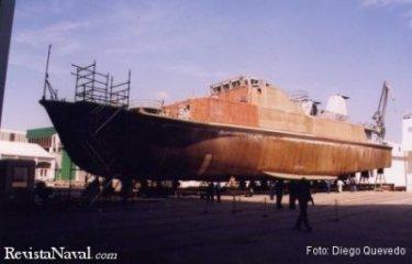 Los buques de la clase Segura tienen una eslora de más de 50 m, que se muestran aquí en toda su extensión (Foto: Diego Quevedo Carmona).