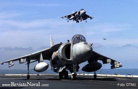 El Harrier II Plus con su radar AN/APG-65 forma, desde febrero de 1996, la punta de lanza de la aviación naval española