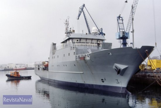 El «Tarifa» durante su alistamiento a flote en el astillero constructor (Foto: X. Porto/RevistaNaval.com)