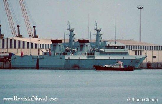 Patrulleras marroquíes en el puerto de Beni Ensar, enfrente a Melilla