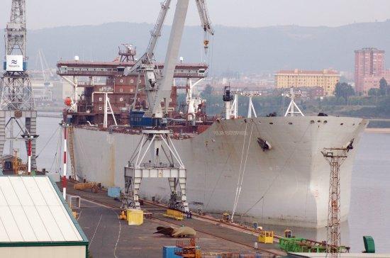 El buque en los muelles de Navantia Fene (Foto: Xoán Porto/Revista Naval)