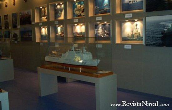 Vista parcial del Stand de la Armada