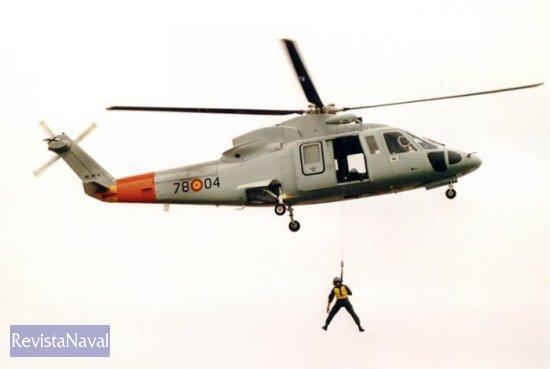 El Ala 78 del Ejército del Aire dispone de la versión anterior, el Sikorsky S-76 C, que tiene encomendado como cometido secundario las misiones SAR (Foto: Javier Sánchez/RevistaNaval.com)