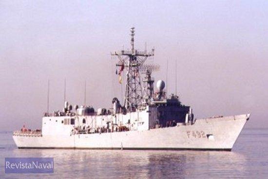 Fragata turca F-492 Gemlik, ex USS Flatley FFG-21 (foto: Diego Quevedo Carmona).
