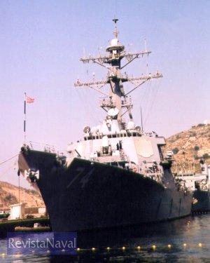 El destructor USS «McFaul» en Cartagena (Foto: Diego Quevedo Carmona)