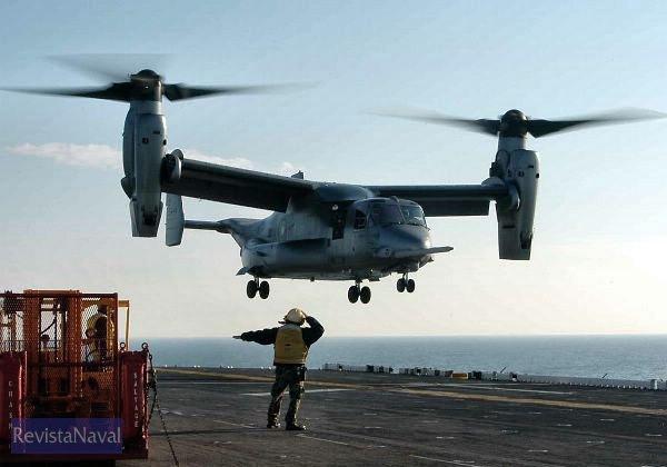 MV-22 de los Marines haciendo una toma en el USS «Bataan» (US Navy)