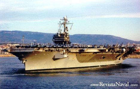 El portaaviones estadounidense John Fitzgerald Kennedy